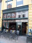59505 Na bijna zes maanden zijn de gevel en het interieur van café Hoppit aan de Walstraat 35 te Vlissingen weer ...