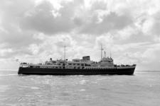 5419 Nederlands ms Prinses Beatrix op de Westerschelde, opname in opdracht van fa. Wagenmaker