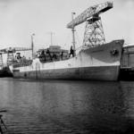 2282 Noorse tanker Kongsholm in de Dokhaven langszij de afbouwkade voor de Machinefabriek, d.d. juni 1951. Zij was ...