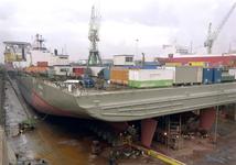 103 Ombouw afzinkbaar zwaar ladingschip Snimos Ace in de stenenlegger Seahorse I (IMO 8213744, bouwjaar 1994); in 1998 ...