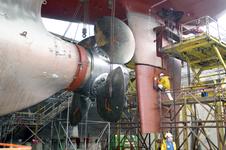 1740 Vrachtschip Igarka (IMO 8857863, bouwjaar 1986), diverse werkzaamheden aan de schroef en vervanging schroefas