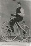 1752 Abraham Luteijn (1853-1912) op een fiets