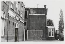 M 12034 Het kantoor van de jamfabriek De Betuwe aan de Grotebrugse Grintweg, de hoek aan de rechterzijde