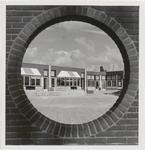 M 12040 De basisschool de Moespot in Drumpt
