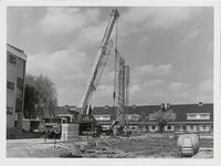M 12058 Bouw van de aanleunwoningen bij het bejaardenhuis Walstede met een gezicht op het Groenlandsstraatje