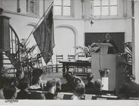 M 12113 Met een toespraak in de Sint-Ceciliakapel in Tiel opende de commissaris van de koningin in de provincie ...
