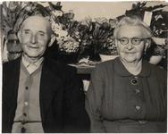 M 12148 Het echtpaar Cornelis Dirk Bosschaart en Cornelia Bosschaart van Asch wonende aan de Julianalaan in Culemborg ...