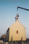 0690-3967 Het haantje wordt op het torentje geplaatst.