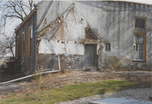 0690-3982 Ook van de voormalige pastorie moest een gedeelte worden gerestaureerd tijdens de kerk restauratie.