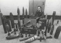 1282 Tentoonstelling granaten bij de Explosieven Opruimingsdienst in Werk aan 't Spoel.