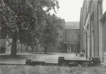 1304 Rond 1900 werd het Pensionaat Mariakroon gebouwd. Te zien is hier het Binnenhof.