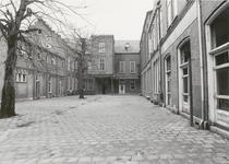 1307 Rond 1900 werd het Pensionaat Mariakroon gebouwd. Te zien is hier het Binnenhof.