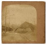 4-49 Boerderij tot aan de nok in het water. Op de achtergrond is links een kerktoren zichtbaar. Foto genomen tijdens de ...