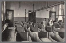 0623 (Op achterzijde:) Martha-stichting, Alphen a./d. Rijn; slaapzaal, 1905-1915