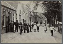 0857 (op achterzijde:) Oudshoorn; Dorpsstraat 1910, 1905-1915