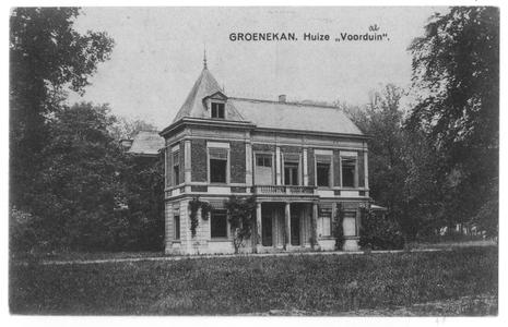 102032 Huize Voordaan te Groenekan: vakantieverblijf van de zusters en 'hun' kinderen tijdens de verbouwing van het ...
