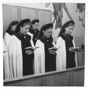 102037 Koorgebed van de zusters te Utrecht
