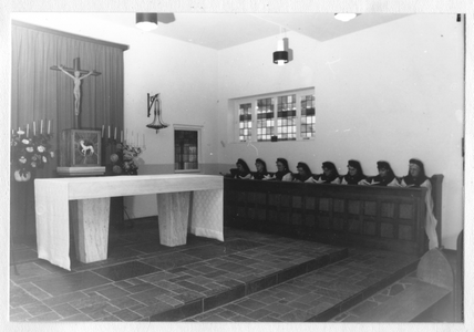 102103 Interieur van de kapel van het klooster aan de Veestraat te Sittard