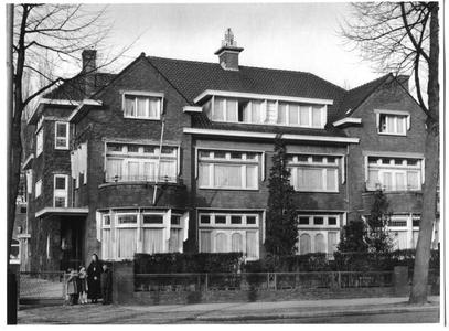 226069 Het zusterhuis aan de Canisiussingel te Nijmegen
