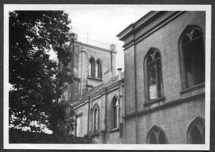 226095 Gevel grenzend aan de tweede tuin van klooster Mariënburg te Nijmegen