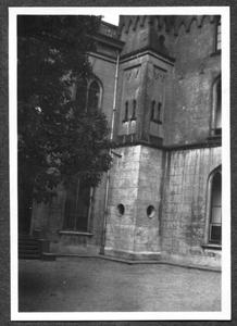 226097 Gevel grenzend aan de tweede tuin van klooster Mariënburg te Nijmegen