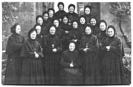 226102 De zusters van klooster Mariënburg te Nijmegen