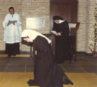 200101 Professie in priorij Fons Vitae te Heesch