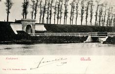 PB0101 De Kaaipoort met de brug over de Kaaivest, ca. 1901