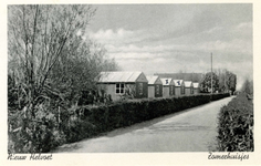 PB4584 Zomerhuisjes op Camping 't Weergors, ca. 1960