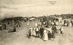 PB4951 Drukte op het strand, ca. 1919