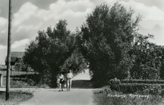 PB7652 Kijkje in de Korteweg, ca. 1950