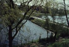 DIA02232 De brug tussen de Kaaipoort en de Mr. Egter van Wissekerkeplein; ca. 1984