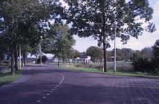 DIA02669 De Thoelaverweg, met het terrein van Luveto; ca. 1991
