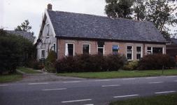 DIA36174 Boerderij langs de Boomweg; ca. 1993