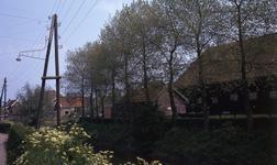 DIA40306 Gezicht op Noordeinde en de Boezem vanaf de Molenlaan; 20 mei 1972