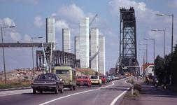 DIA40487 Spijkenisse; ; Aanbouw nieuwe Spijkenisserbrug, 17 september 1977