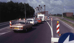 DIA40551 Hoogvliet; ; Oprit naar de Spijkenisserbrug vanaf Hoogvliet, 10 juni 1978
