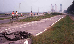 DIA40552 Spijkenisse; ; Nieuwe Spijkenisserbrug in gebruik, 16 september 1978