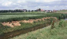 DIA41368 Oude Uitlaat (sluis) van Putten, met de boerderij van Hoorweg; 7 juli 1986