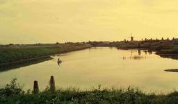 DIA41724 Spijkenisse; ; De haven van Spijkenisse, 1963