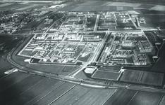DIA41870 Spijkenisse; ; Luchtfoto van de wijk Schiekamp, 1963