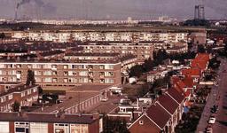 DIA41924 Spijkenisse; ; De wijk Hoogwerf, gezien van de Churchillflat, September 1969