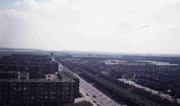 DIA42124 Spijkenisse; ; Zicht op de Eikenlaan vanaf de Marckenburgh, 1973