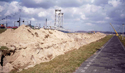DIA42138 Grondverzet nabij de Botlekbrug; 1974