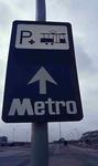 DIA42242 Bord bij het metrostation van Hoogvliet; ca. 1985