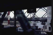 DIA42266 Spijkenisse; ; De bouw van de nieuwe Spijkenisserbrug, ca. 1977