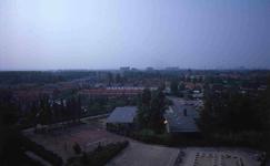 DIA42349 Spijkenisse; ; Het dorp Spijkenisse, gezien vanaf de Marrewijkflat, ca. 1985