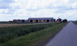 DIA69188 Boerderij langs de Langeweg; ca. 1993