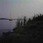 DIA_GF_1154 Kijkje op het Brielse Meer met een zeilboot; ca. 1970