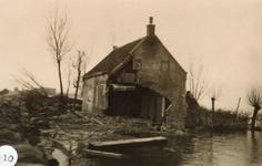 AB_WATERSNOODRAMP_050 Woning van de familie Van Marion aan de Haasdijk; ca. 4 februari 1953